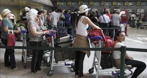 El ingreso de extranjeros a Perú aumentó un 5,1 por ciento en mayo pasado El 27 por ciento de los extranjeros ingresaron a Perú por el aeropuerto internacional Jorge Chávez. EFE/Archivo