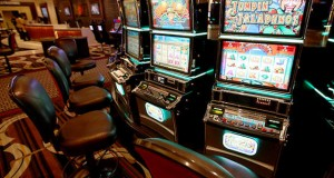 WCPO horseshoe casino slot machines_1404939028896_6740389_ver1.0_640_480