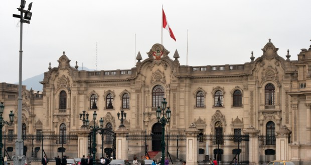 Presidential_Palace,_Lima,_Peru