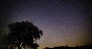 """Descubierta una estrella casi tres veces más antigua que el Sol El descubrimiento """"abre la posibilidad a la existencia de vida antigua en la galaxia"""", según los científicos de las universidades de Birmingham (Reino Unido), Iowa (EE.UU.) y Sidney (Australia) autores del descubrimiento."""