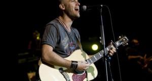"""El cantautor peruano Gianmarco regresa al mercado tras cuatro años de silencio con """"#Libre"""", un disco de temas inéditos con el que se estrena también como productor, un reto que tenía pendiente."""