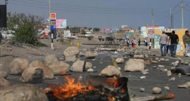 El Gobierno peruano afirma que la Policía puede usar armas de fuego en las manifestaciones