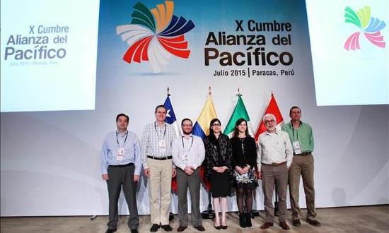 Foro de la Alianza del Pacífico inicia con un llamado a cambiar la vida de las personas Fotografía oficial, cedida por Andina este 1 de julio de 20015, de la Cumbre de Vicecancilleres de la Alianza del Pacífico en Paracas (Perú).