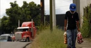 Perú y Brasil anuncian una campaña para erradicar el trabajo infantil Perú y Brasil firmarán un Memorando de Entendimiento para luchar contra el trabajo infantil en las regiones peruanas de Loreto y Madre de Dios, mientras que Brasil tomará acciones contra esta problemática en sus zonas fronterizas con Perú. EFE/Archivo