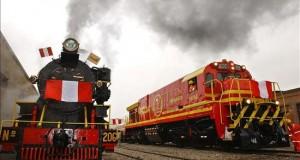 Perú convoca concurso para conceder rehabilitación de histórico ferrocarril La línea férrea tiene una longitud de 128,7 kilómetros y alcanza una altitud de 4.700 metros mientras sigue los cursos de los ríos Mantaro e Ichu, entre las regiones de Junín y Huancavelica.