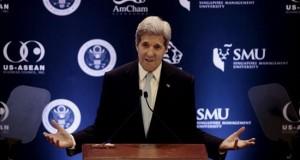 Kerry defiende el Acuerdo Transpacífico como medio para llevar progreso El secretario de Estado de Estados Unidos, John Kerry, ofrece una rueda de prensa en el palacio presidencial de Istana en Singapur.