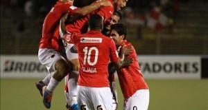 El panameño Tejada anota un doblete con Aurich en su reaparición tras la Copa Oro Tejada contribuyó con dos goles, uno de penalti, en el triunfo por 5-0 del Aurich sobre el Ayacucho en un partido correspondiente a la decimoquinta jornada. El quinto tanto fue del colombiano César Valoyes
