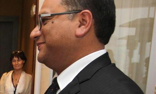 """El Gobierno peruano advierte que El Niño puede alcanzar una intensidad """"muy fuerte"""" El ministro peruano de Agricultura y Riego, Juan Manuel Benites."""