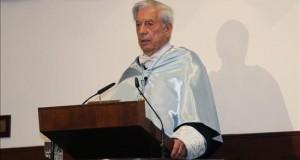 Mario Vargas Llosa ha pedido el divorcio a su esposa El escritor peruano Mario Vargas Llosa.