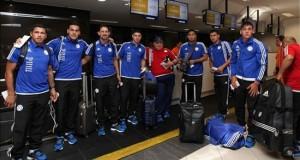 Paraguay parte a Perú con más autoestima tras su ascenso en el ránking de la FIFA Jugadores de la selección paraguaya de fútbol, Ramón Diaz, llegan al Aeropuerto Internacional Silvio Pettirossi este 9 de noviembre de 2015, en Asunción (Paraguay).