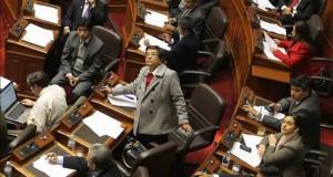 Comisión del Congreso propone que narcotraficantes no sean indultados en Perú La congresista opositora Rosa Mavila (c) presidió la comisión del Congreso.