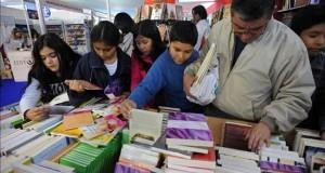 La Feria del Libro abre en Lima con el argentino Mempo Giardinelli entre los invitados La feria organizada por la Cámara Peruana del Libro (CPL) se extenderá hasta el 8 de diciembre en el parque Salazar del distrito de Miraflores, en un recinto de 4.300 metros cuadrados.