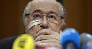 """Blatter: """"Me siento como un 'punching-ball'"""" El suspendido presidente de la FIFA, el suizo Joseph Blatter."""