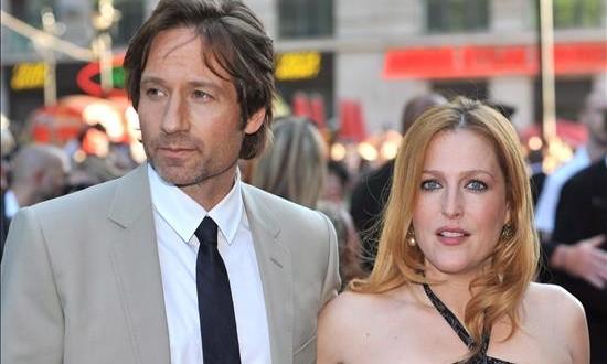 """""""The X-Files"""", todavía quedan casos misteriosos por resolver Los actores estadounidenses, Gillian Anderson (d) y David Duchovny."""