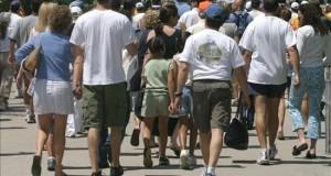 Estudio sobre obesidad recomienda que los escolares estén de pie en clase  De acuerdo con estadísticas del Departamento de Salud, el 27 por ciento de los niños y adolescentes en el estado sufre de obesidad y peso excesivo.