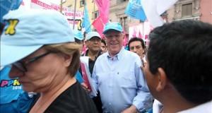 Kuczynski a favor de la unión civil pero no del matrimonio homosexual en Perú El candidato a la presidencia de Perú por el movimiento Peruanos Por el Kambio (PPK),