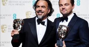González Iñárritu triunfa en los Bafta, con 5 premios, incluida mejor película Alejandro Gonzalez Inarritu (izda) y Leonardo DiCaprio (dcha).