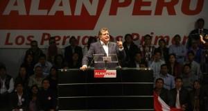 Alan García afirma que no dejaría morir a Fujimori en la cárcel En la imagen, el expresidente peruano Alan García.