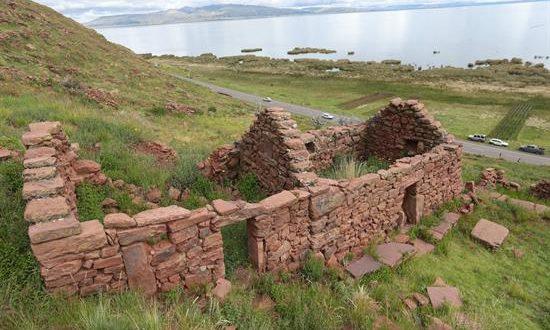 Fotografía del 15 de enero del 2019 de las ruinas en una de las rutas del Qhapaq Ñan en la localidad de Desaguadero (Bolivia). EFE