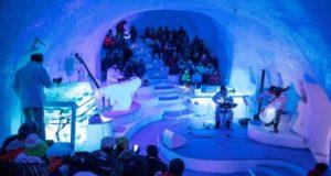 Imágenes cedidas por Phototeam sobre el festival de música de hielo que se desarrolla hasta marzo en el glaciar Presena, en el norte de Italia. EFE/Gabriele Debetto