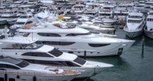 Los usuarios de yates y aquellos deseosos de fantasear con barcos de lujo tienen una cita obligada a partir de este miércoles en el renovado Miami Yacht Show, una feria que este año exhibe más de medio millar de embarcaciones en dos marinas y lo más innovador en tecnología