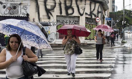 Las precipitaciones pusieron en estado de alerta a Sao Paulo y a toda su región metropolitana ya que se pueden presentar nuevos deslizamientos de tierra. EFE/Archivo