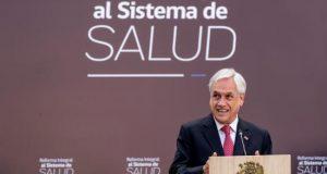 El presidente de Chile, Sebastián Piñera, firmó hoy un proyecto de ley para la reforma del sistema de Salud, público y privado, que según dijo busca modernizarlos y hacerlos más accesibles a los usuarios.