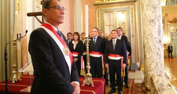 La aprobación del presidente Martín Vizcarra ahora es de 42%. (Foto: Presidencia de la República)