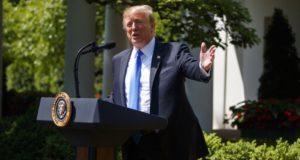 El presidente Donald Trump dice que EE.UU. tiene muchas opciones para Venezuela, y algunas muy fuertes.