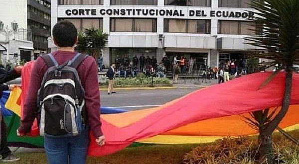 Corte Constitucional aprueba el matrimonio igualitario en Ecuador