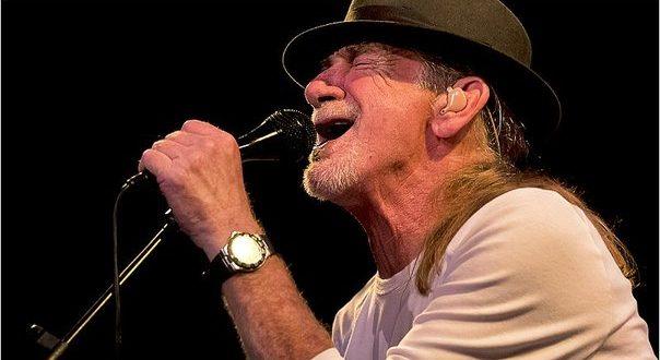 Vocalista principal de Santana llegará a Perú para ofrecer importante concierto