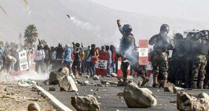El dato Pese al anuncio del Consejo de Minería, los manifestantes de Islay indicaron que continuarán su medida de lucha en el valle de Tambo. Hoy sostendrían reunión de coordinación.