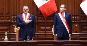 El titular del Congreso, Pedro Olaechea, y el presidente Martín Vizcarra el 28 de julio, día que el mandatario anunció el proyecto de adelanto de elecciones. (Foto: Congreso)