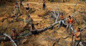 El presidente de Brasil, Jair Bolsonaro, aceptó la oferta de Chile de enviar cuatro aviones para combatir los incendios que arrasan el Amazonas, la selva tropical más grande del mundo.
