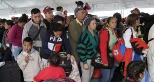 Cada vez más venezolanos emigran agobiados por la crisis en todos los órdenes que vive la nación sudamericana.