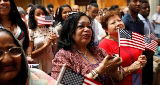 A mediados de octubre entrará en vigor la Regla Final de Carga Pública, que reflota una ley de 140 años y que apunta a migrantes que reciben beneficios del gobierno.