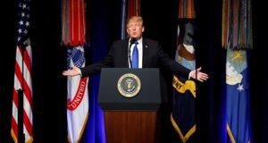 El presidente estadounidense, Donald Trump, ofrece un discurso durante un acto celebrado en el Pentágono, Arlington (Estados Unidos). EFE/Archiv