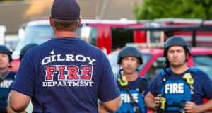 El atacante portaba el domingo 28 de julio de 2019 un fusil y había entrado clandestinamente al sitio donde se desarrollaba el popular festival del Ajo de Gilroy, en California.